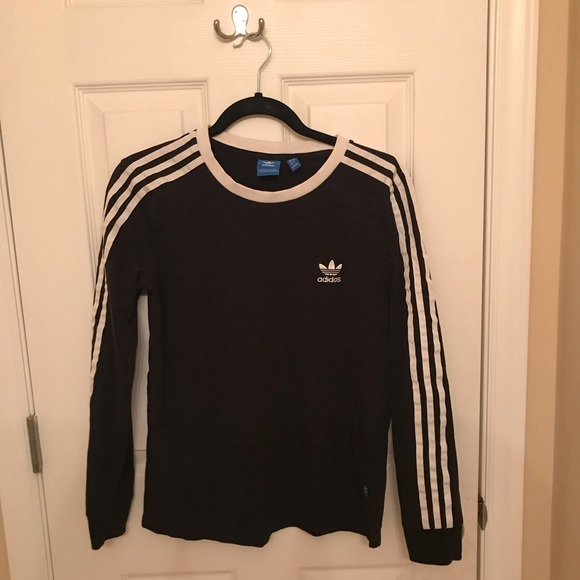 adidas Tops - Long Sleeve Adidas Tee